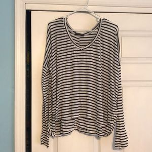 Brandy Melville Long Sleeve Knit Top